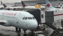 Uçakta unutulan yolcu kâbus yaşadı!