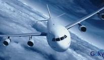 Uçakta sarhoş yolcu hostesi yaraladı