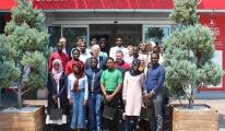 Ugandalı öğrenciler THY Havacılık Akademisi'ni ziyaret etti