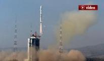 Uzaydaki 'Kara Delik'leri Gözlemleyecek (Video)