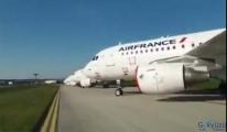 video Airfrance uçakları Havalimanı'nda park etti.