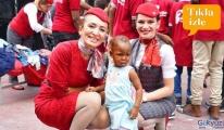 video Türk Hava Yolları ailesi Afrika'ya, iyiliğe uçtu!