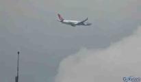 video Türk Hava Yolları uçağı rota değiştirdi!