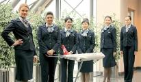 Yabancı hostesler sadece dış hat uçuşlarında çalışacak!