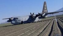 Yakıt ikmali yapan iki askeri uçak çarpıştı