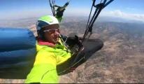 Yamaç paraşütçüleri denenmemiş uçuş gerçekleştirdi