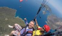 Yamaç paraşütü pilotu yere çakıldı!