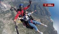 Yamaç Paraşütüne Fethiye'de Çinli Turist İlgisi video