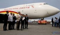 Yardım malzemesi Boeing 747 ile Venezuela'ya ulaştırıldı.
