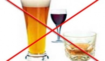 Rusya, uçakta içki içmeyi yasaklayacak
