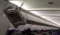 Yolcu uçağının tavanı çöktü!