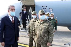 Bakan Akar Deniz Kuvvetlerinin yeni uçağını inceledi(video)