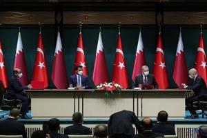 Türkiye ile Katar arasında 10 anlaşma imzalandı(video)