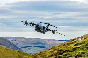 video Airbus A400M Otomatik Alçak Seviye Uçuş Sertifikası