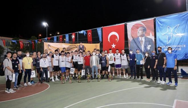 3*3 Sokak Basketbolu Turnuvalarında Kıyasıya Rekabet