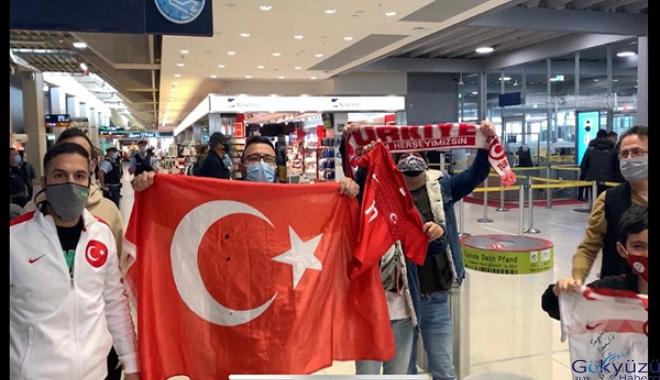 A Milli Futbol Takımı'na Rusya'ya gidişinde yoğun ilgi