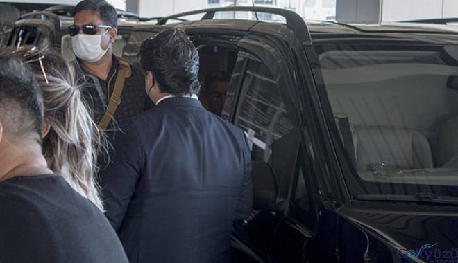Aamir Khan Sabiha Gökçen Hvavalimanı'na geldi(video)