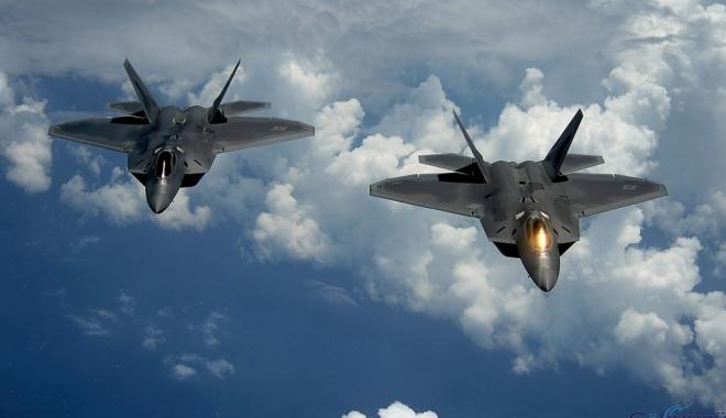 ABD jetleri, Rus bombardıman uçaklarına eşlik etti