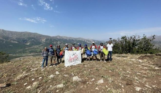 Adana Havacılık Kulübü, Bingöl semalarını paraşütlerle renklendirdi