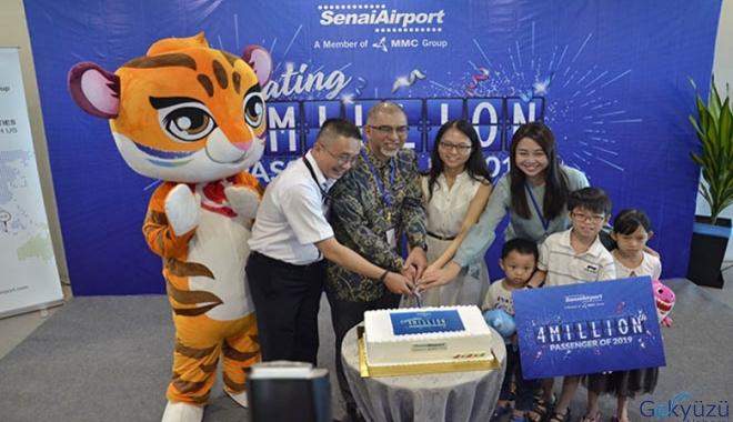 AirAsia'nın dört milyon pastası!