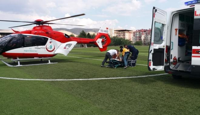Ambulans helikopterle hastaneye ulaştırıldı#video