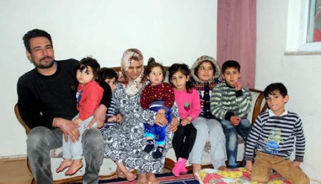 Anneleri, Havalimanı'ndan Sınırdışı Edilince...