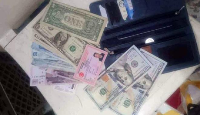 Havalimanı Çalışanı Bulduğu Parayı Polise Teslim Etti
