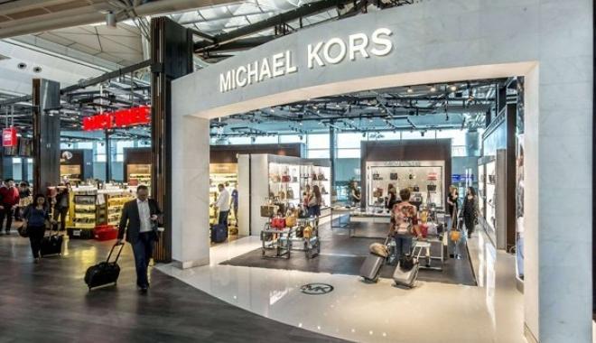 ATÜ, Atatürk Havalimanı'nda 'Michael Kors'u Açtı