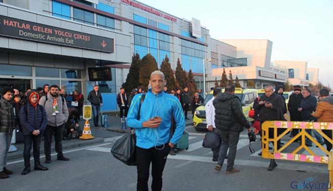 Aytemiz Alanyaspor'un uçağı Kayseri'ye zorunlu iniş yaptı