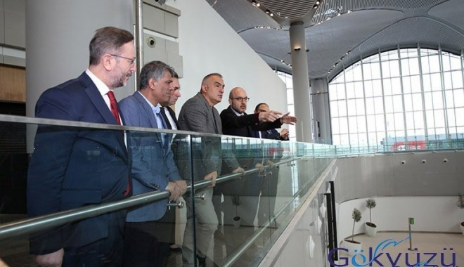Bakan Ersoy,3.Havalimanı'nda müze açılacak!