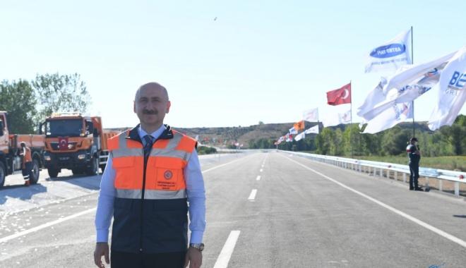 Bakan Karaismailoğlu: Kuzey Marmara Otoyolu'nda(video)