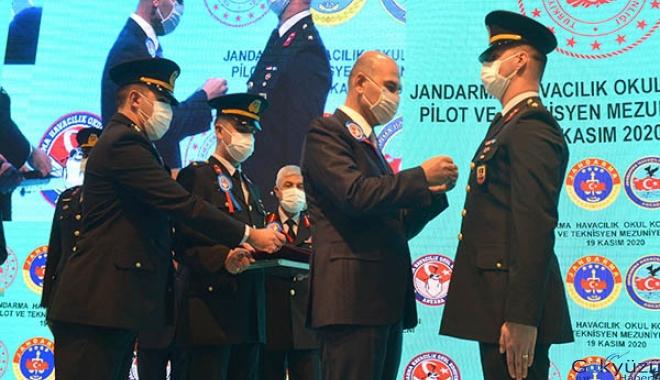 Bakan Soylu: 34 pilot ve 31 teknisyene brövelerini taktı(video)