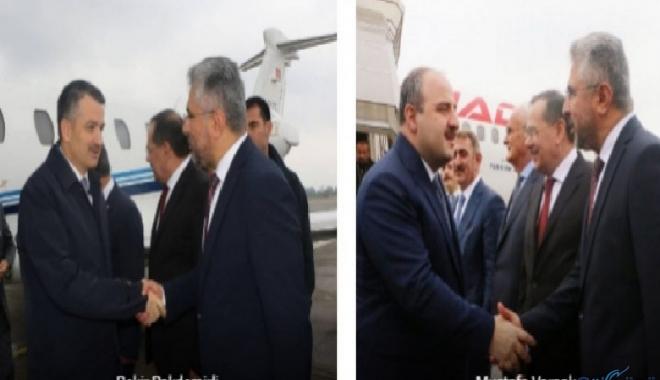 Bakanlar  Samsun'a özel jet ve tarifeli uçakla geldiler!