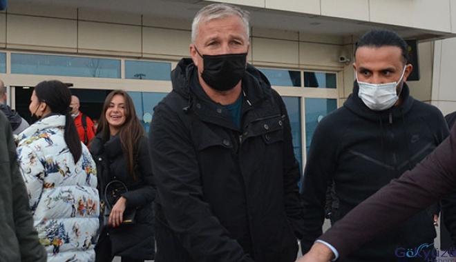 Kayserispor'un yeni teknik direktörü Kayseri'ye geldi