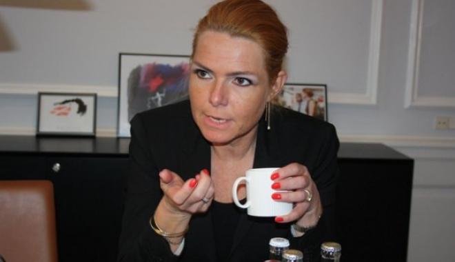 Danimarka, İsveç'lilerden Pasaport İsteyecek