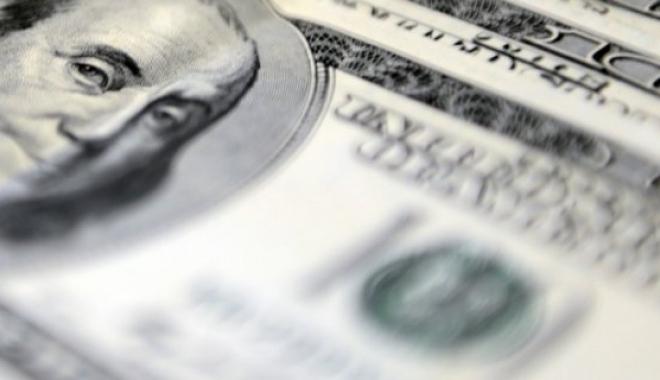 Dolar, 3,44'ün Üzerinde