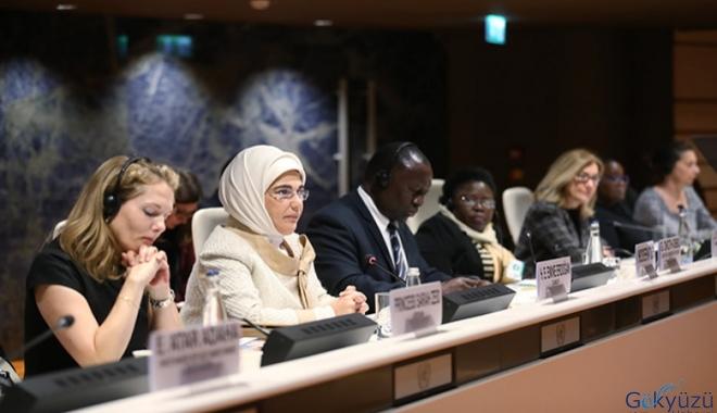 Emine Erdoğan:Sağlık hizmetleri mültecilere ücretsiz!