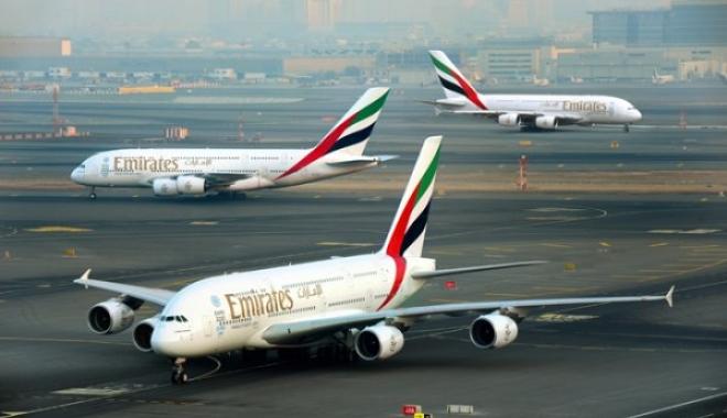 Emirates, A380 İle Aynı Günde Üç Kıta'ya  Uçtu