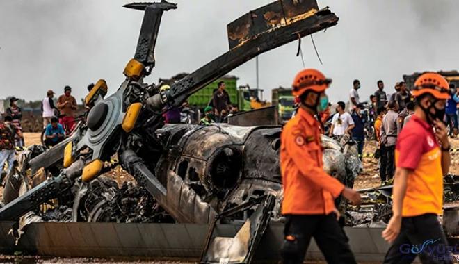 video Endonezya'da helikopter kazası: 4 ölü, 5 yaralı