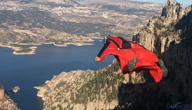 Ermenek, Türkiye'nin 'wingsuit' merkezi oluyor