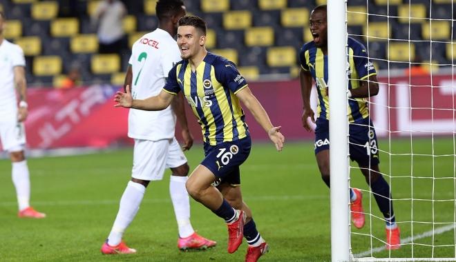 Fenerbahçe puanını 13'e çıkardı