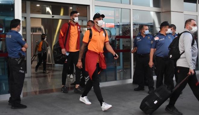 Galatasaray kafilesi Kayseri'ye geldi