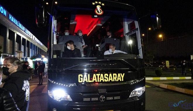 Galatasaray, Trabzon'a geldi(video)