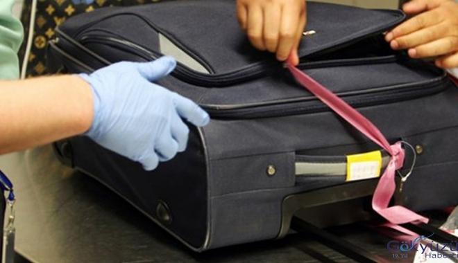 Havalimanı'nda el bagajında 6 günlük bebek çıktı