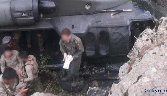 Helikopter pilotu askerlerin hayatını kurtardı!