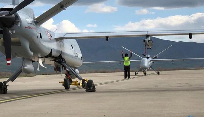 İlk İHA Türkiye'den KKTC'deki Geçitkale Havaalanı'na gitti