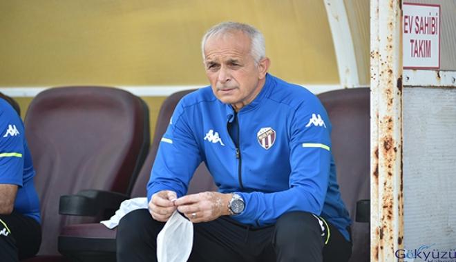 İnegölspor'da teknik direktör Özdemir ile yollar ayrıldı