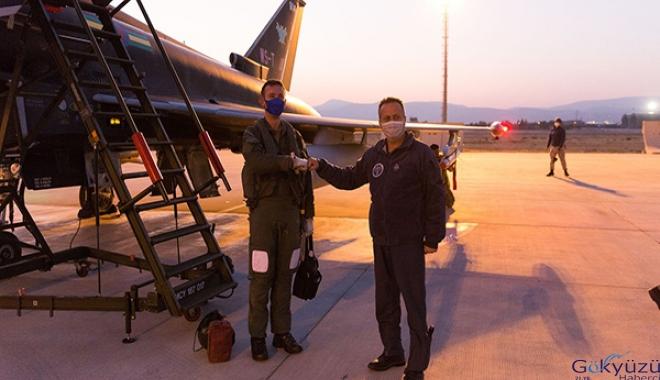 İngiltere Kraliyet Hava Kuvvetleri'nin 2 uçağı, Konya'da