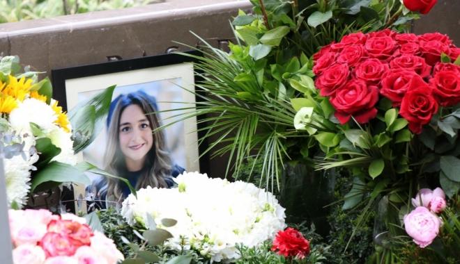 #Mina Başaran mezarı başında anıldı