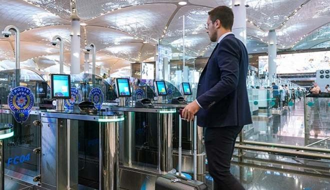 İstanbul Havalimanı'nda Pasaporttan Geçiş 20 saniye!